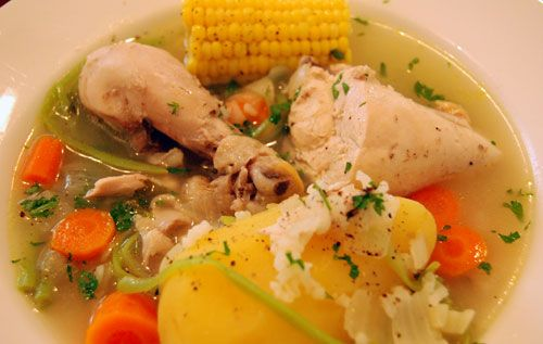 cazuela de ave (chicken soup)