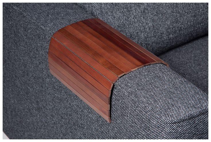 Sofatablett     Material:         Birkenholz, lackiert     Maße:         43 cm x 0,5 cm x 30 cm      Kann gerollt aufbewahrt werden