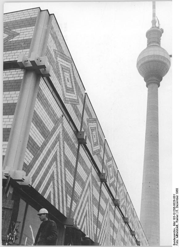 Berlin, New Market hall December 1968