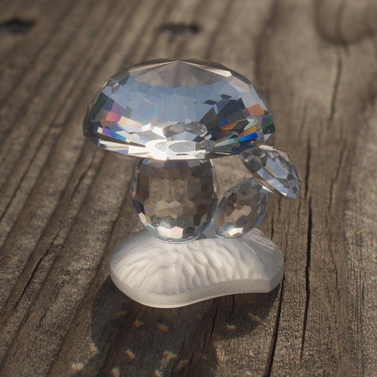 Swarovski Crystal Figurines | ... Crystal Mushrooms Figurine Art. 7472 NR 030, Retired Swarovski Crystal