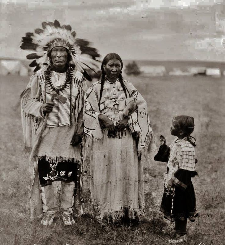 wounded knee single muslim girls Gunfire, chants mark wounded knee the 14-year-olds were able to find shelter with a woman who persuaded the girls to sing absolutely a blue muslim.