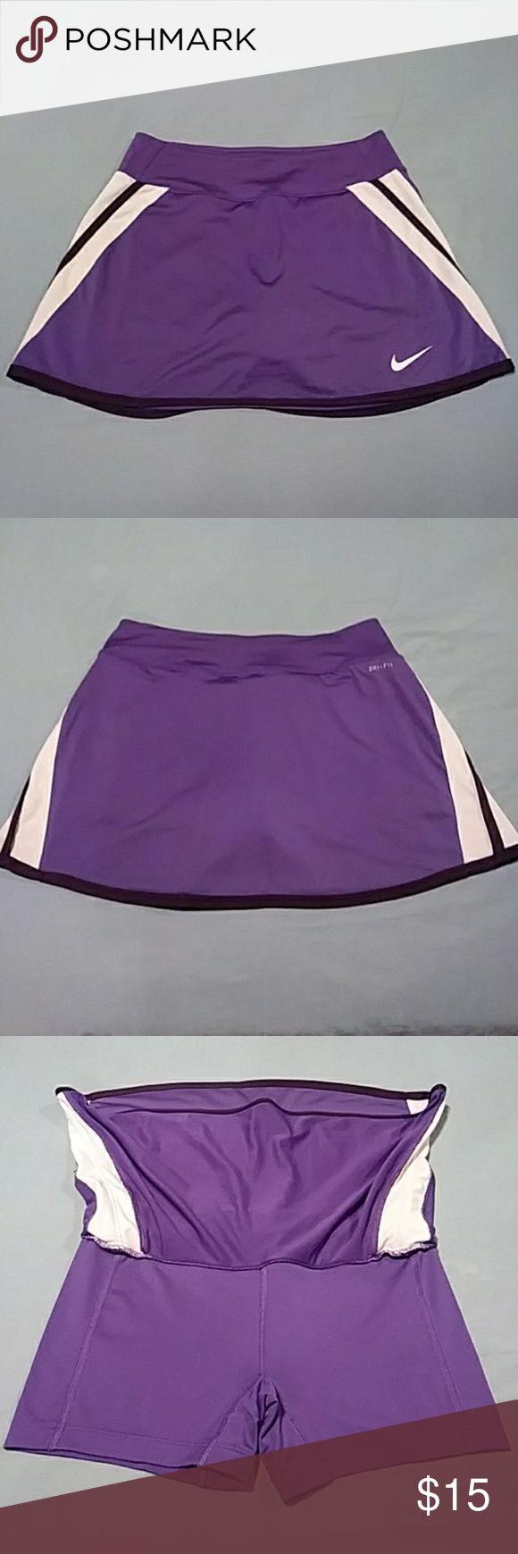 "Nike Dri Fit Skorts NIKE DRI FIT Purple w White Stripes Activewear Skorts Women's Size SMALL (28-30"" Waist) 12.5"" Front & 13"" Back (Waist to Hem) 87% Polyester * 13% Spandex Shorts - 3.5"" Inseam 92% Polyester * 8% Spandex Nike Shorts Skorts"