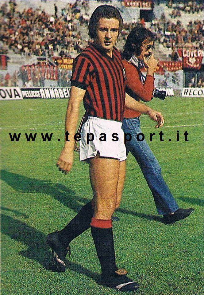 """Luciano Chiarugi Veniva considerato per il suo estro un giocatore atipico, tanto da essere soprannominato """"Cavallo pazzo""""... C'ero anch'io ... http://www.tepasport.it/ Made in Italy dal 1952"""