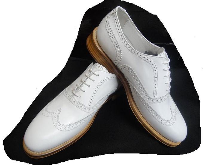LIZABETH GOLF LADY  #scarpe da  #golf  da donna realizzate con pregiato vitello pianofiore
