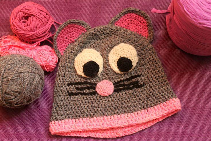 Crochet Mouse Beanie for Preschooler.