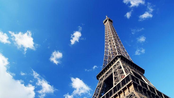 De zomervakantie nadert dus hoogste tijd om aan de voorpret te beginnen. Wij gingen op zoek naar vijf handige reisgidsen voor Frankrijk. Vive la France!