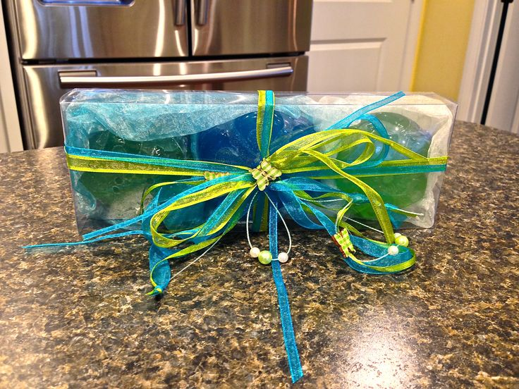 Natural Soaps And Other Handmade Items Make Great Gifts - If you like natural personal care products and handmade items, you will love Joanna's Soaps.