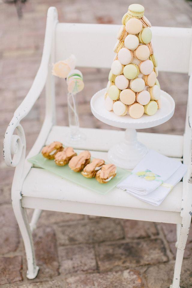dessert chair display / Carmen and Ingo Photography