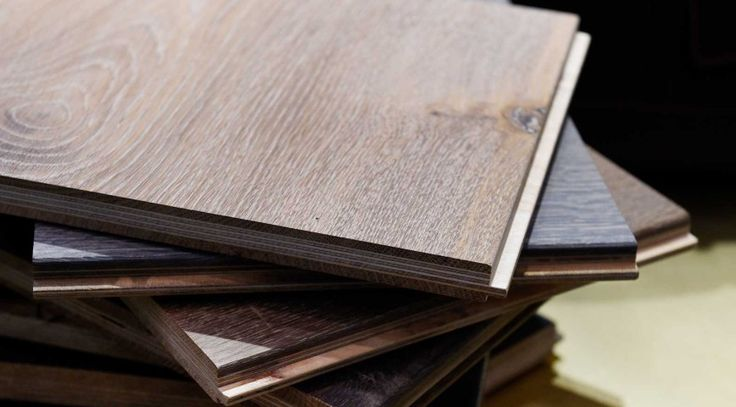 Natural looking laminates... complete with knots and shakes