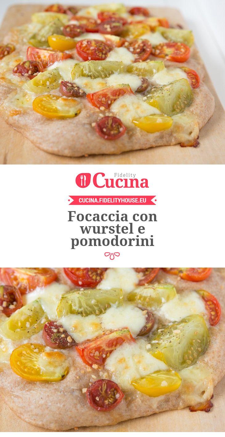 #Focaccia con #wurstel e #pomodorini