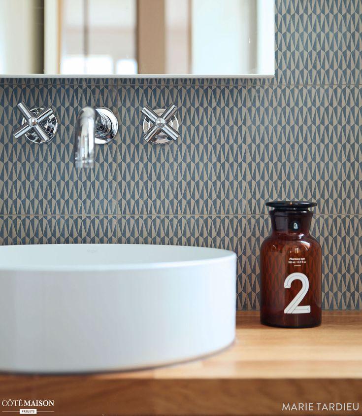 chic et gomtrie dans une salle de bain scandinave paris marie tardieu architecte - Salle De Bain Scandinave Chic