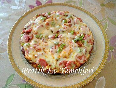 Tavada Pratik Pizza | Tavada Pratik Pizza Tariffi | Tavada Pratik Pizza malzemeleri | Pratik Ev Yemekleri
