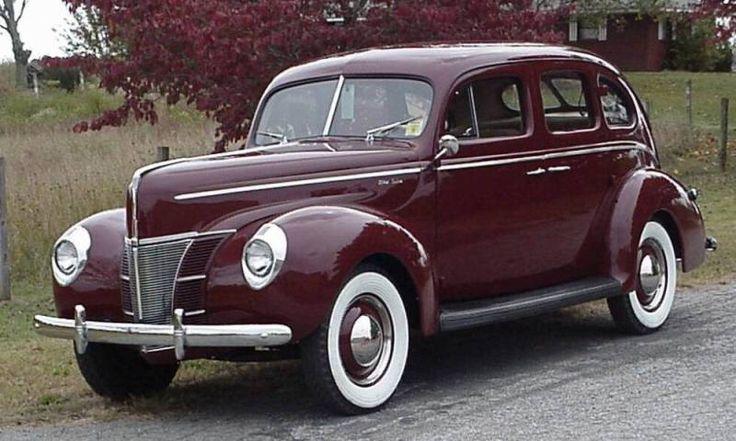 Mandrin maroon 1940 ford deluxe 4 door sedan antique for 1940 mercury 4 door convertible