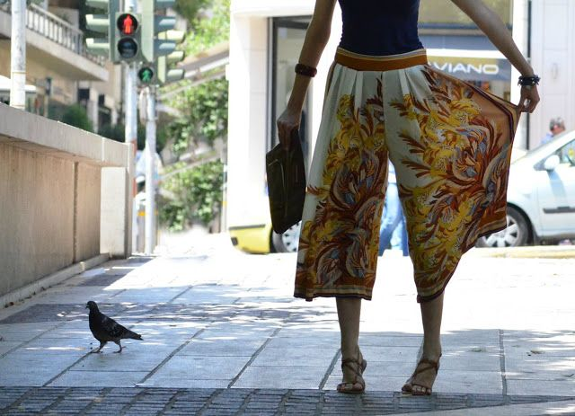 greek fashion blogs | pretty n yummy: Summer love: those handkerchief trousers