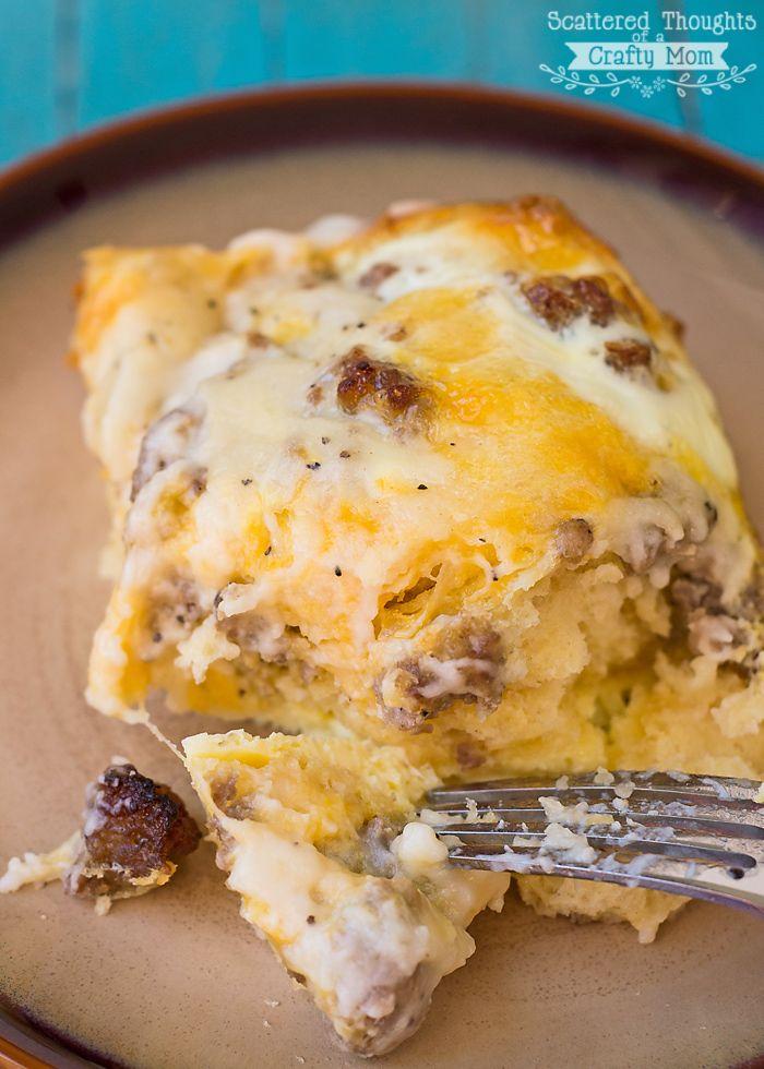sausage, biscuit and gravy casserole