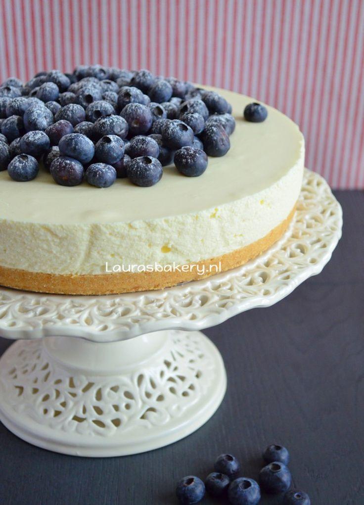 Vanille kwarktaart met blauwe bessen - Laura's Bakery