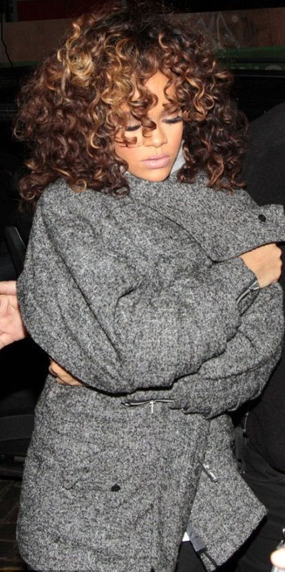 Rihanna's style is just lovely...I am thinking something like this with red