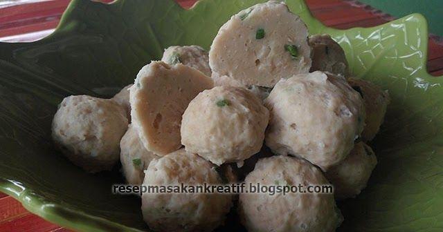 Resep Bakso Ayam Mudahnya Membuat Pentol Kenyal Padat Lembut Resep Resep Masakan Indonesia Masakan Indonesia