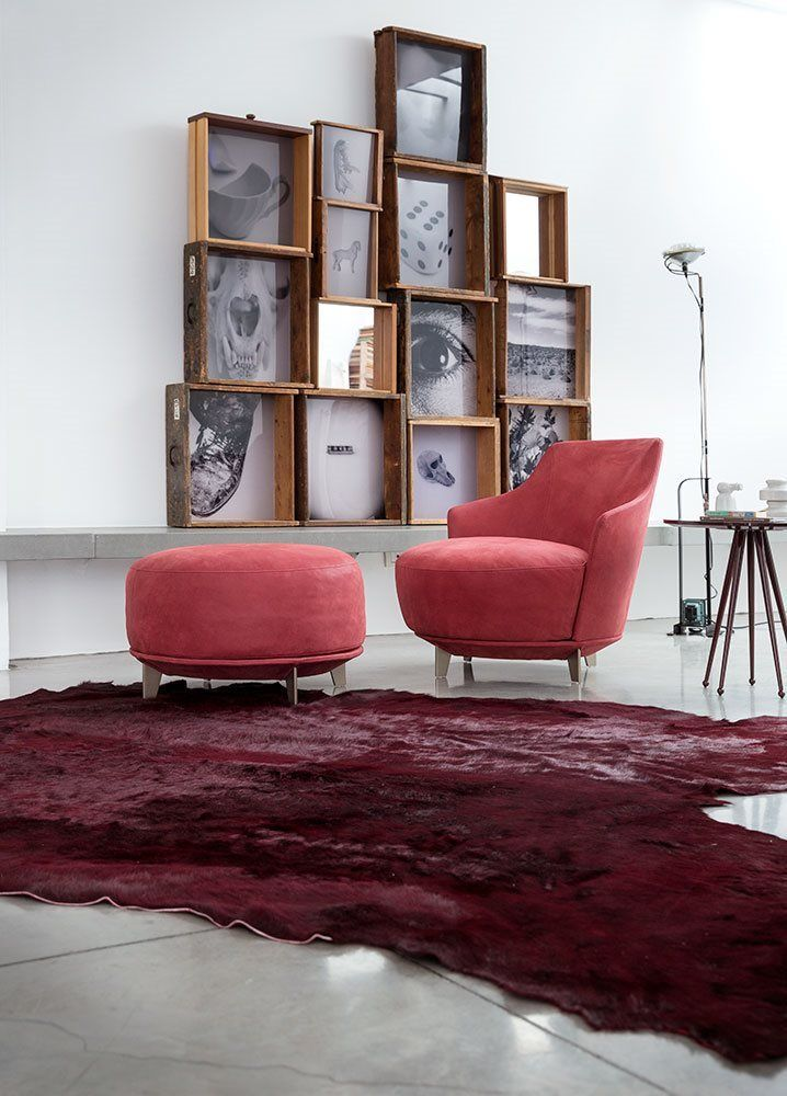 Jammin Armchair ( 2014, Studio CastelloLagravinese ) A soft and embracing armchair, ideal in modern or classic interiors owing to its clean and timeless style. Jammin (swivel or fix) is available with a shaped back or a more enveloping back in the large version, both interpreting Alberta's continuous research into comfort.  #interior #interiordesign #design #project