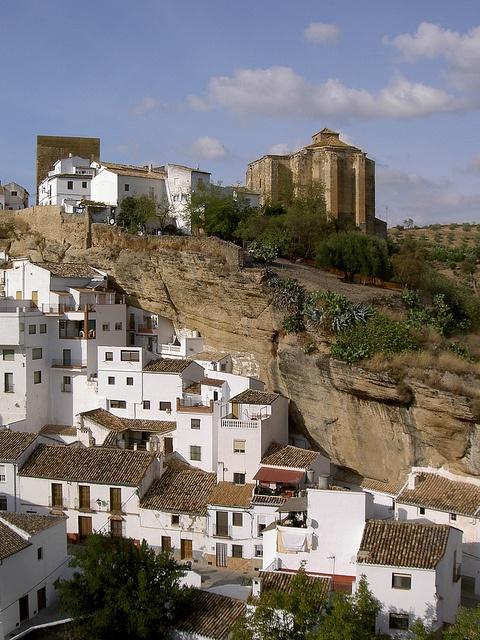 Setenil de las Bodegas by manuelfloresv, via Flickr