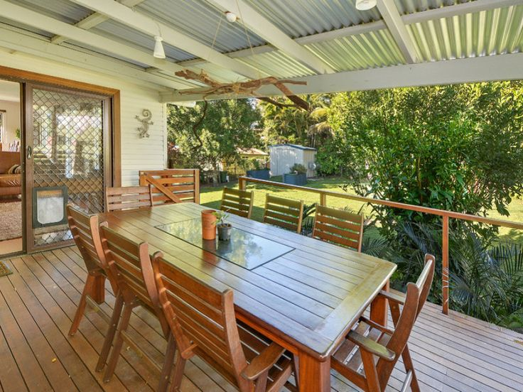 Property data for 19 Valley View Street, Burnside, Qld 4560. View sold price history for this house and research neighbouring property values in Burnside, Qld 4560