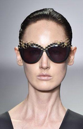 H By Hakaan Yildirim: Bee-autiful Frames at London Fashion Week 2015