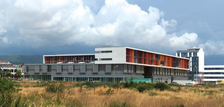 Escritórios El Rengle / Manuel Ruisánchez arquitecto