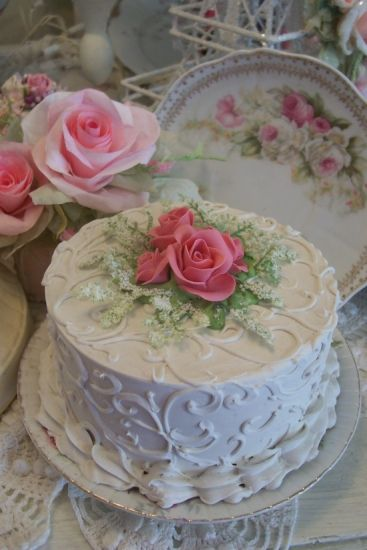 (FCW4)SHABBY COTTAGE PINK ROSE DECORATED FAKE CAKE CHARMING!!