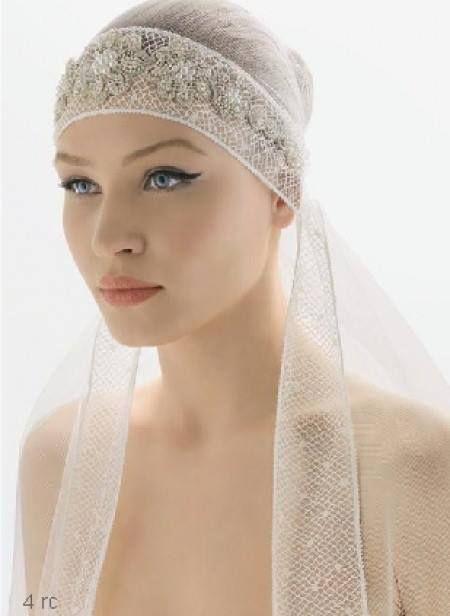 I mille modi di indossare il Velo e la Veletta.. Accessori intramontabili adatti ad ogni Sposa!!! Fascino senza tempo..
