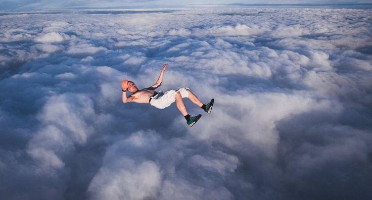 Самые безумные прыжки в истории - Bird In Flight
