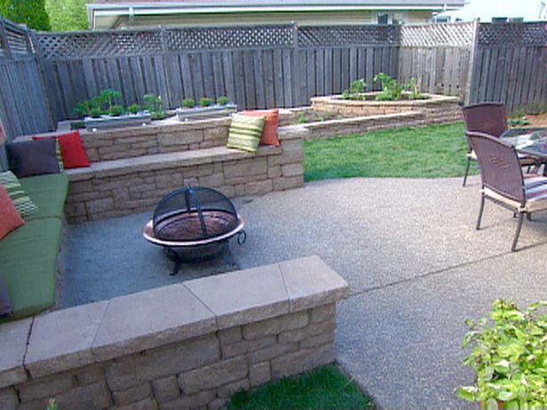Liking the little walls... Landscape Solutions : Home Improvement : DIY Network