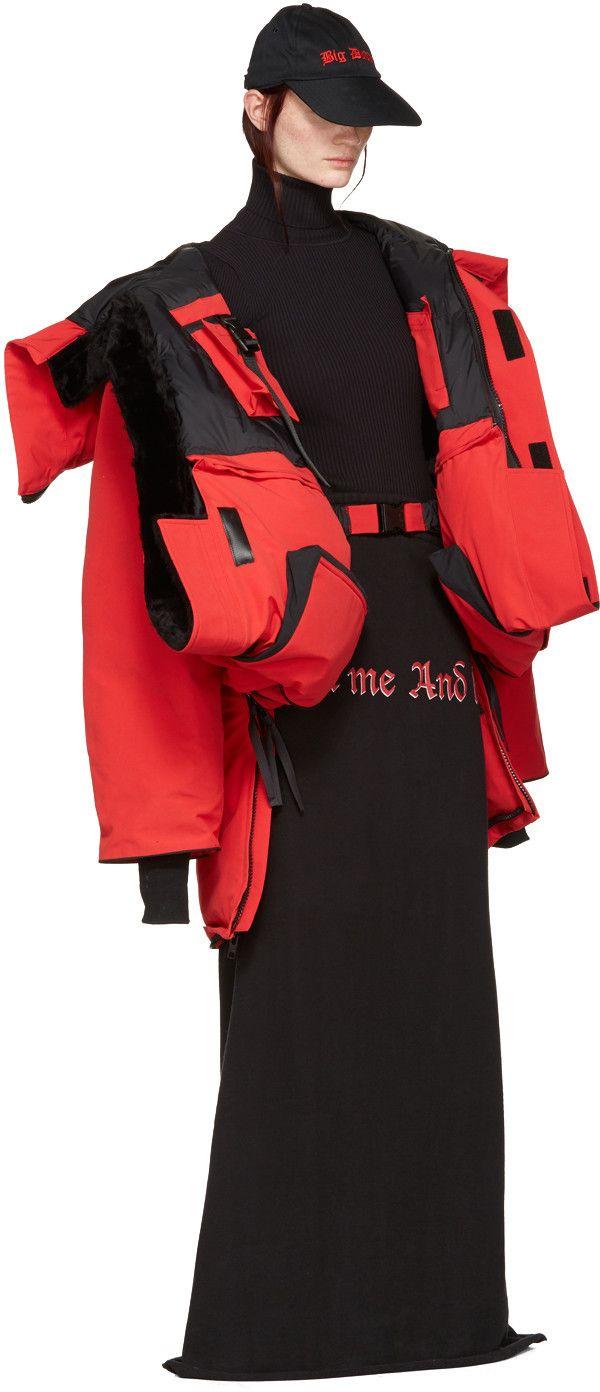 3235€ Vetements - Parka en duvet rouge édition Canada Goose