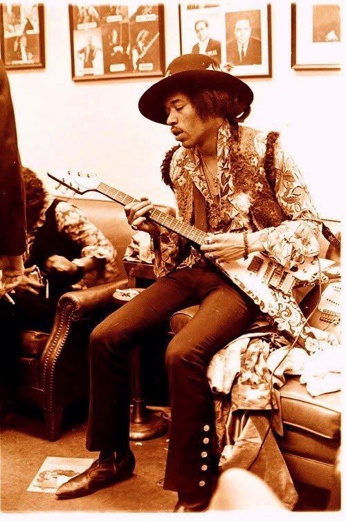 Jimi Hendrix hunter college back stage