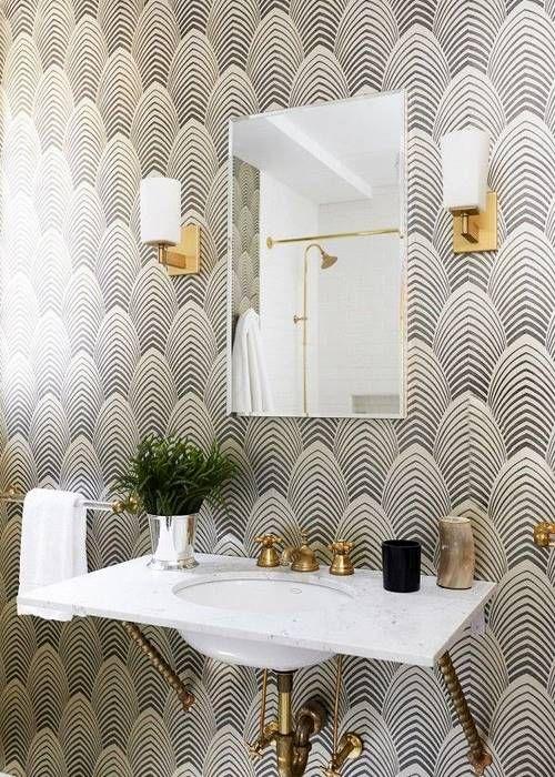 idée déco : du papier peint dans la salle de bain