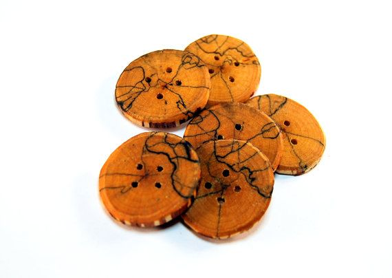 Set of 6 wooden buttons Spalted birch wood by Scandicreations