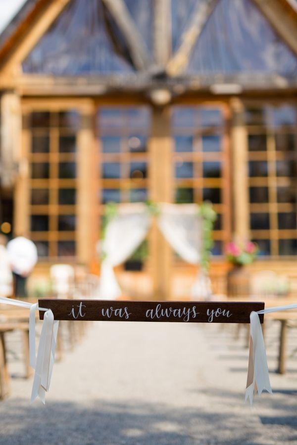 Photographe de mariage Sophie Asselin, Photographe Montréal | Wedding ceremony detail. It was always you.