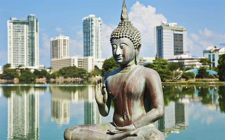Colombo is de grootste stad van Sri Lanka en een mooi startpunt van uw reis. Boek uw vakantie naar Sri Lanka nu bij Original Asia! Rondreis - Vakantie - Sri Lanka - Colombo - Skyline