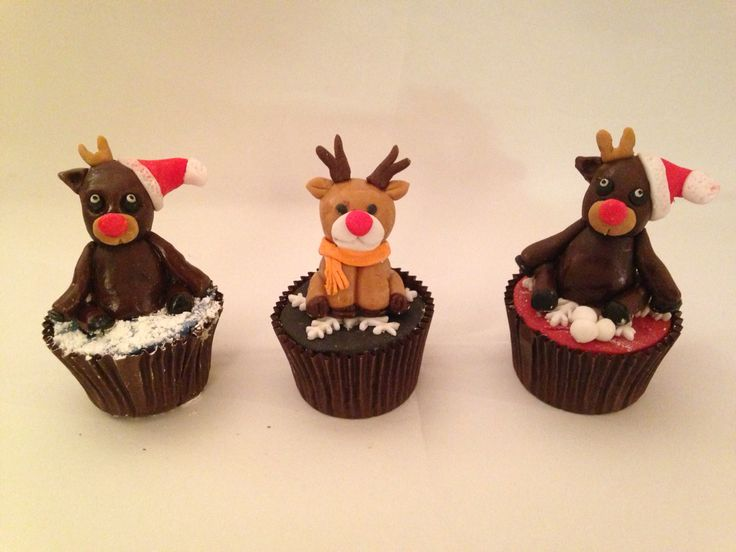 Rudolph and reindeer friends Christmas figurine cupcakes