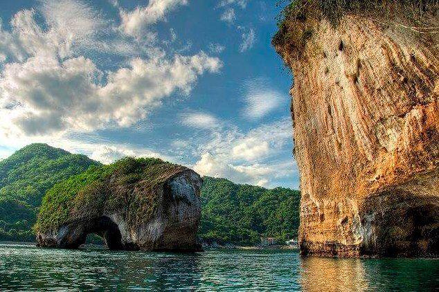 Parque Nacional Marino Los Arcos Playas En Puerto