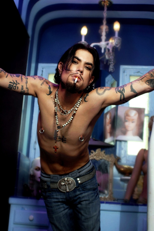 Dave Navarro... Needs to be tied up ;) Photographer: Lisa ...