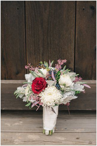 Bridal bouquet | Amanda Adams Photography | see more at http://fabyoubliss.com
