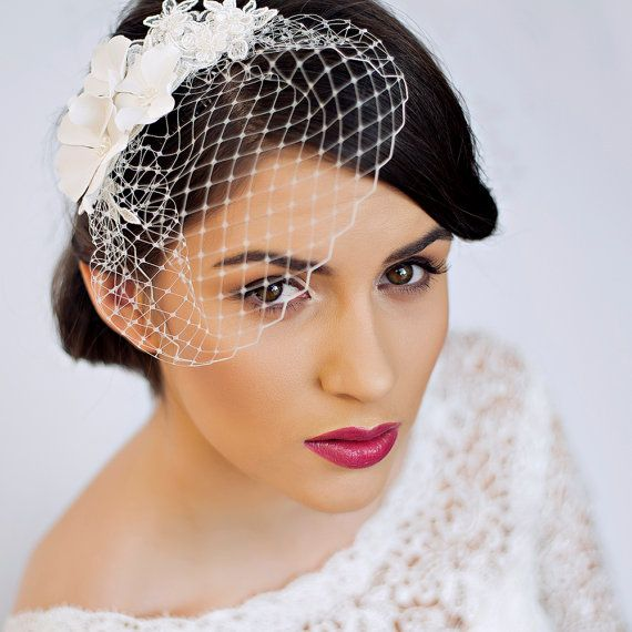 Small Birdcage Veil with Cherry Blossom in Ivory – Bridal Hair Piece – Wedding Hair Piece
