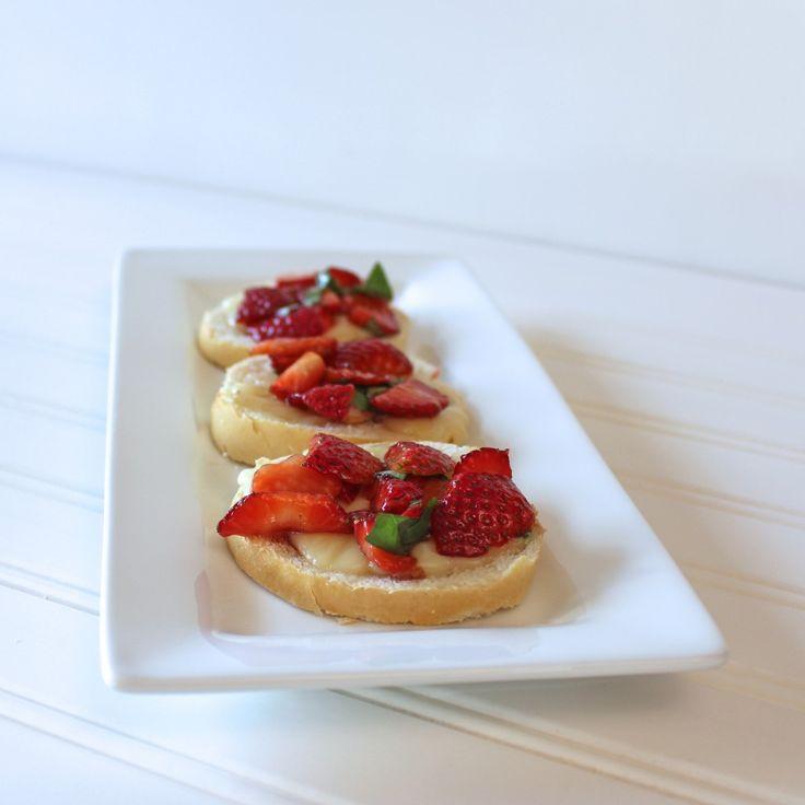 Strawberry Crostini - From Calculu∫ to Cupcake∫