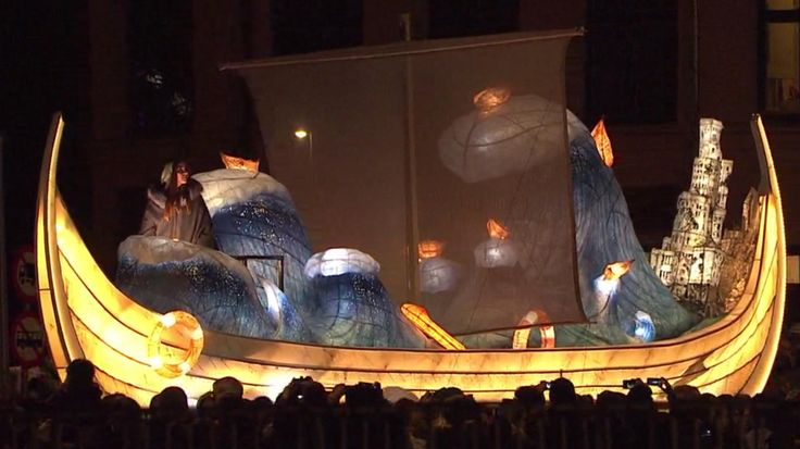 En lysende drøm: 900 sangere åbner Aarhus' kulturhovedstad med 700 år gammel sang   Klassisk   DR