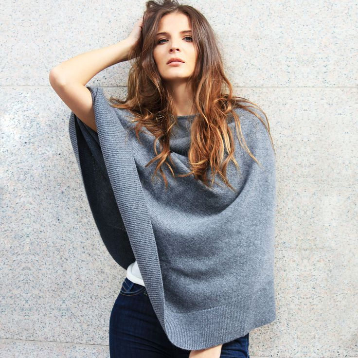 Classic Poncho in 100% Cashmere from Vanadïs Milano