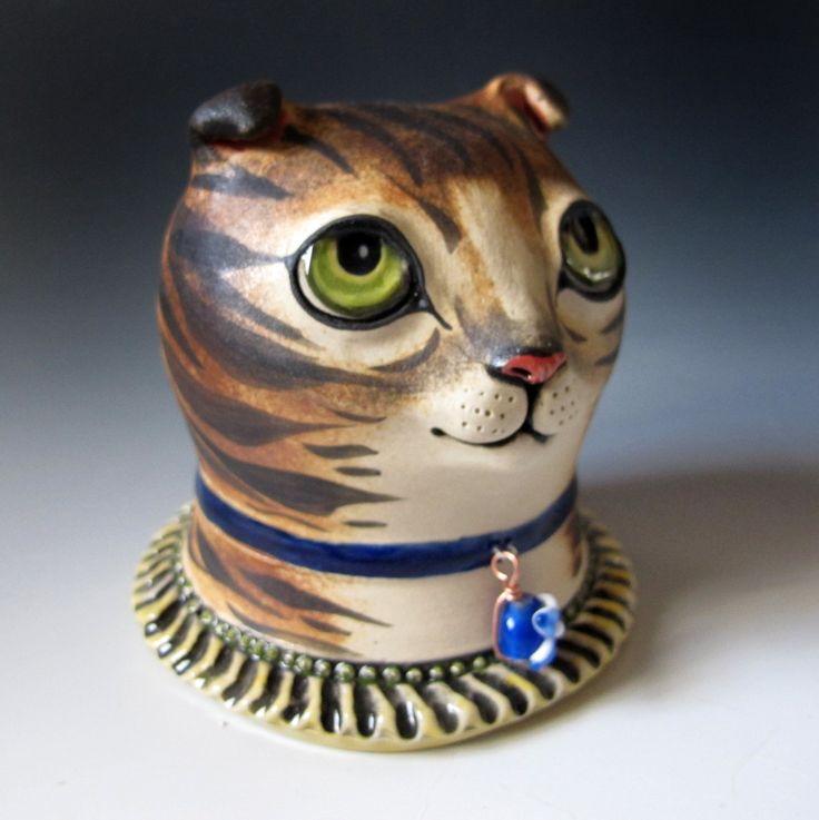 Керамическая Cat Скульптура Шотландская вислоухая кошка с зелеными по MaidOfClay