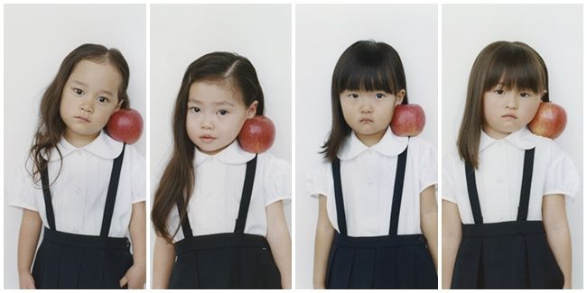 Vemale.com - Pose para gadis kecil ini sangat natural dan lucu ya