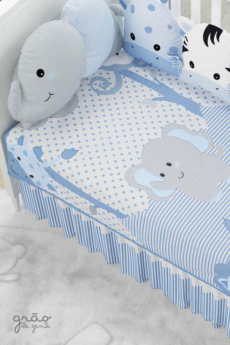 b314b8d3bd Enxoval De Bebê · O Edredom de Berço Amiguinhos Safári Azul se destaca com o  tecido 100% algodão que