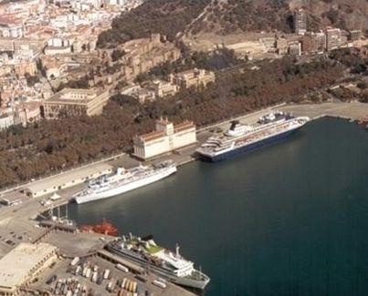 Puerto de Málaga en 1990