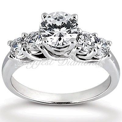74CT 4-prong setting central Round Cut Diamond of Five Stones Diamond Engagement Ring